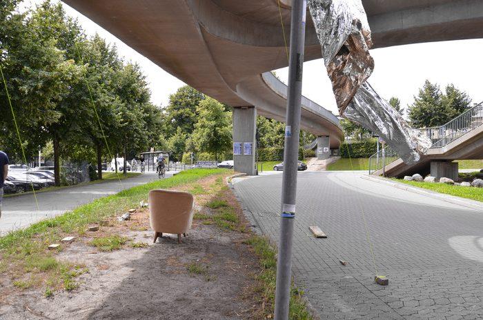 Intervention an der Fußgängerbrücke am Schlossgarten
